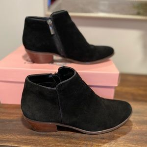 Crown Vintage Tabitha Suede Black Ankle Boots